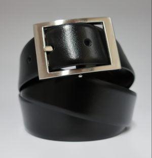 Cinturón reversible con hebilla rectangular de piel lisa negro y marrón