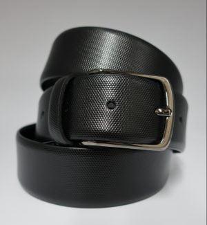 Cinturón de piel grabada con hebilla cromada negro