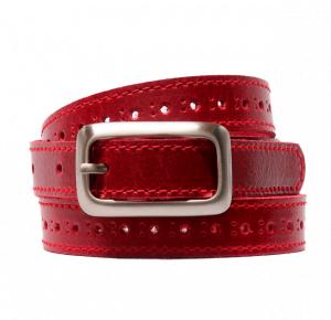 Cinturón de piel con pespunte y agujeros centrales rojo